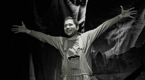 Aldo Rapè in scena a Roma con il suo spettacolo sulla mafia