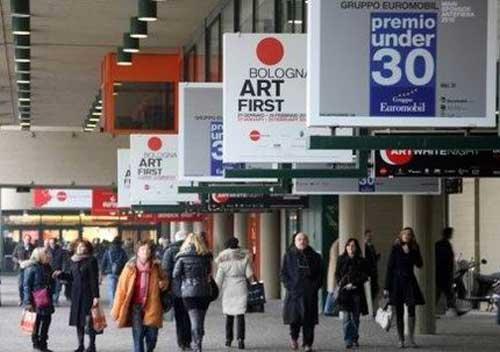 """L'arte contemporanea in """"fiera"""" a Bologna"""
