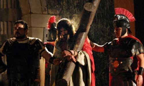 Marche, la Pasqua di Cantiano