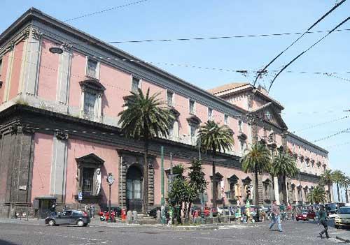 Napoli, i musei aperti il 1° maggio