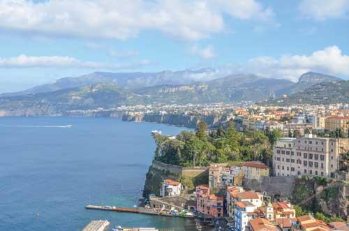 Mototurismo, a giugno Italiavirtualtour.it vi porta in Campania