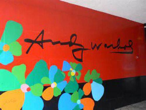 Umbria. Le opere di Warhol in mostra a Città di Castello
