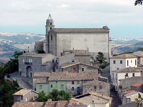 Abruzzo. In provincia di Chieti la Sagra de li scurpell
