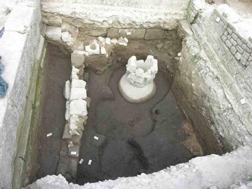 Campi Flegrei: rinvenuta casa romana nel sito archeologico di Cuma