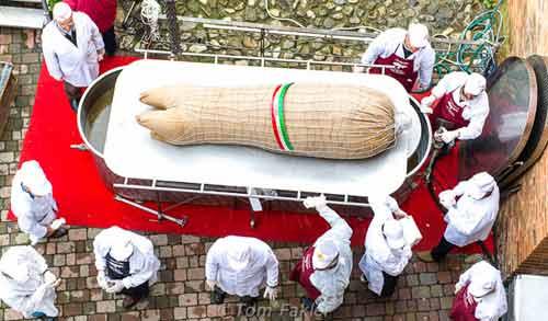 "Natale a Modena: zampone ""in festa"" a Castelnuovo Rangone"