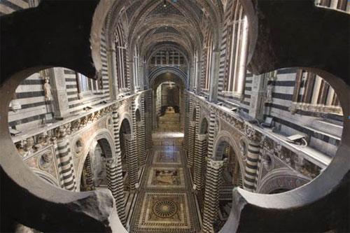 Il Duomo di Siena dall'1 marzo riapre la sua porta del cielo