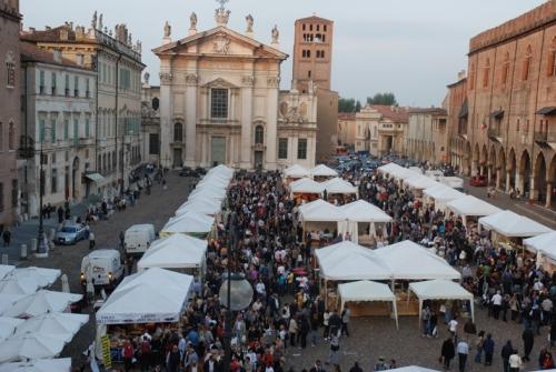 """Lombardia: dal 28 marzo artigianato in piazza a """"Mantova d'Autore"""""""