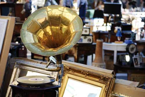 Grottaferrata, il 20 aprile la Mostra-mercato di antiquariato e artigianato