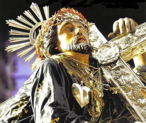 Sicilia: lo spettacolo della Processione dei Misteri di Trapani