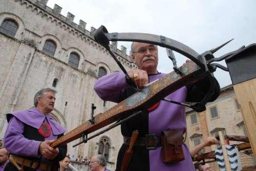 Gubbio. Il 25 maggio il Palio della Balestra