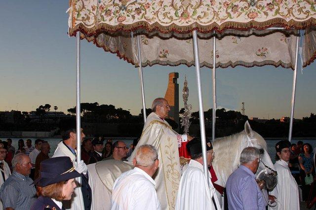 La processione del cavallo parato a Brindisi