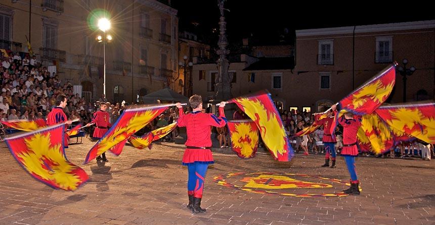Abruzzo. A Popoli rivive lo spettacolo di Certame e il Palio della Contea