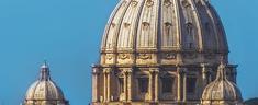 L'Italia, paese di Santi, poeti e recensori