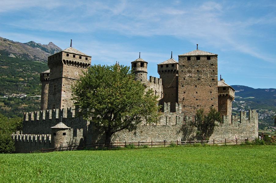 castello_di_fenis