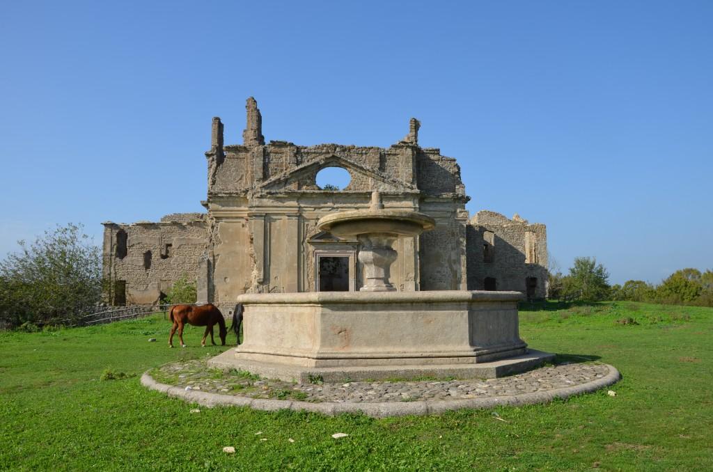 chiesa_di_san_bonaventura_con_fontana_del_bernini_canale_monterano_vecchia