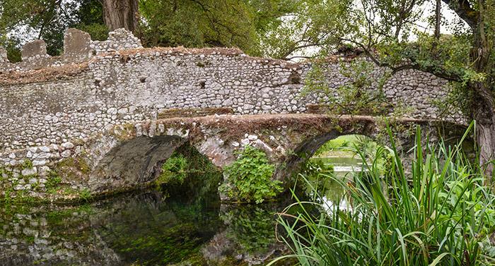 ponte di ninfa