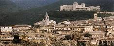 Passeggiando per Spoleto: cosa vedere nella Città dei Due Mondi