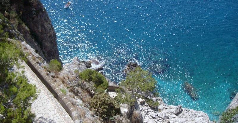 Tour a Capri: tra natura e storia con Econote e Legambiente